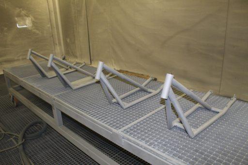 Sandgestrahlt bereit für Pulverbeschichten
